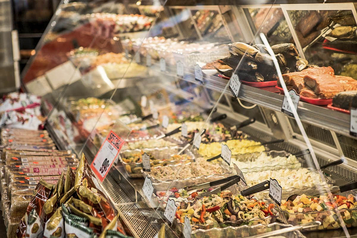 Sandwich stations and coffee shops are the most appealing concepts to consumers