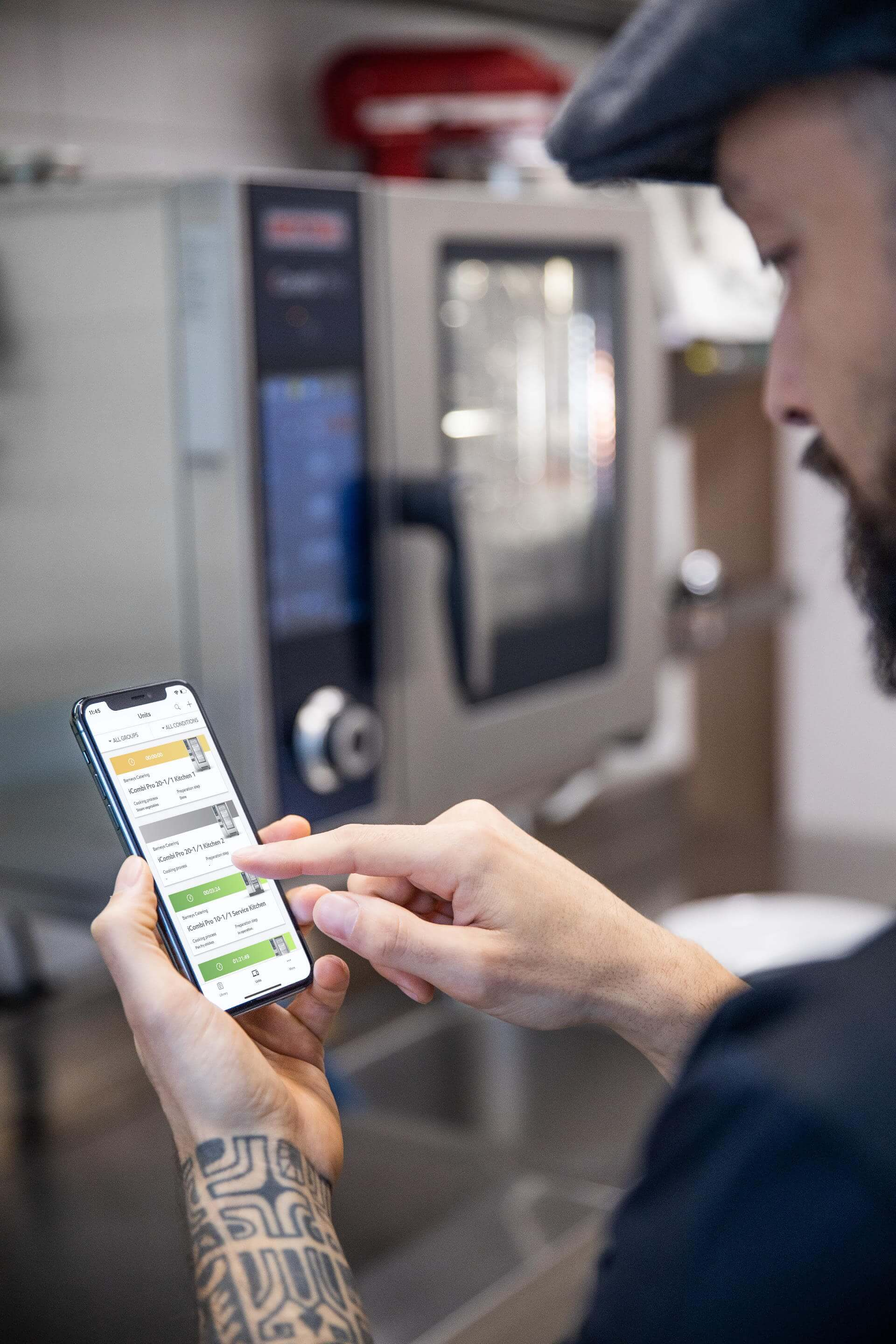What cloud-based solutions are available for professional kitchens?