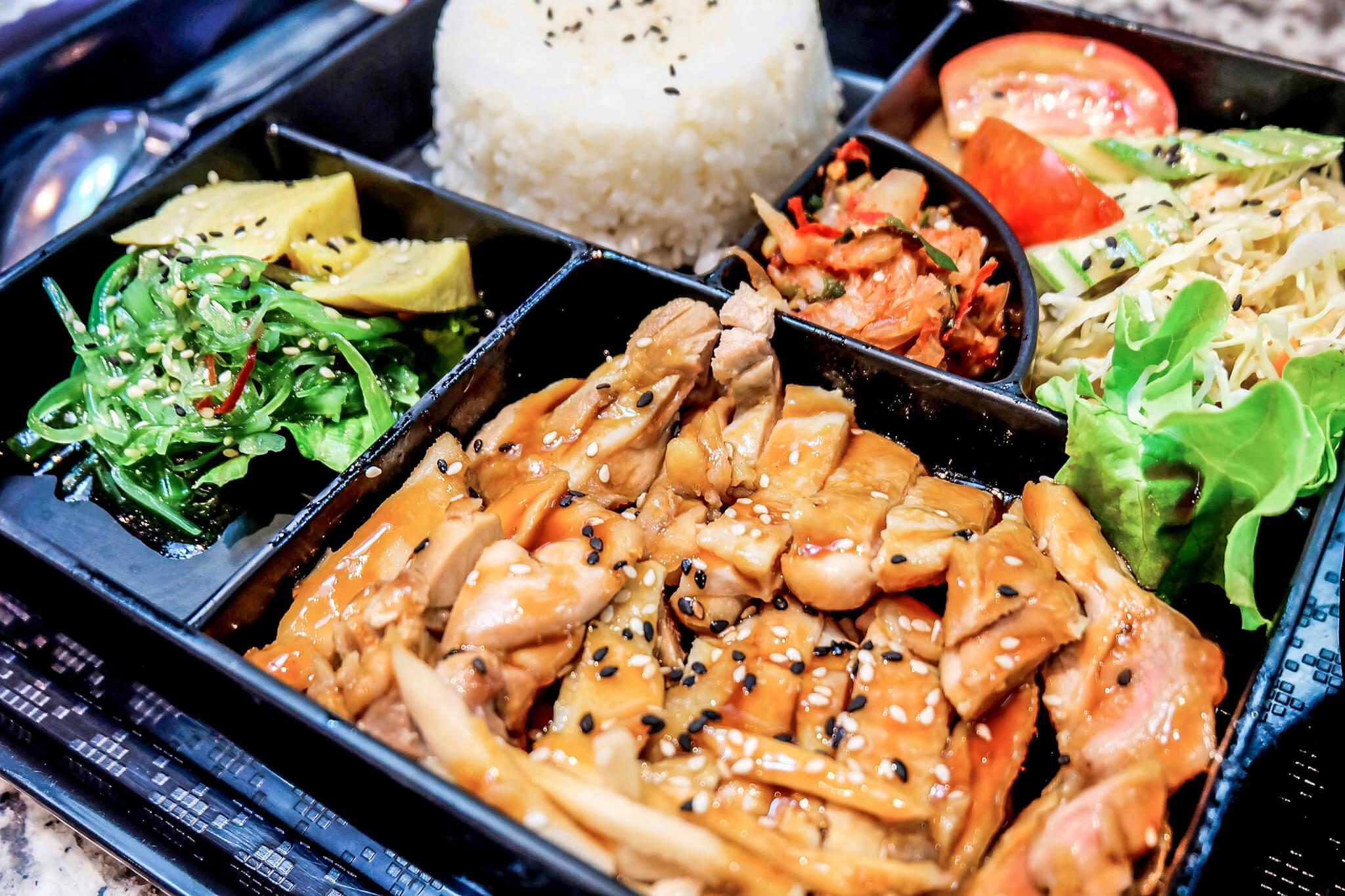 c store bento box food to go