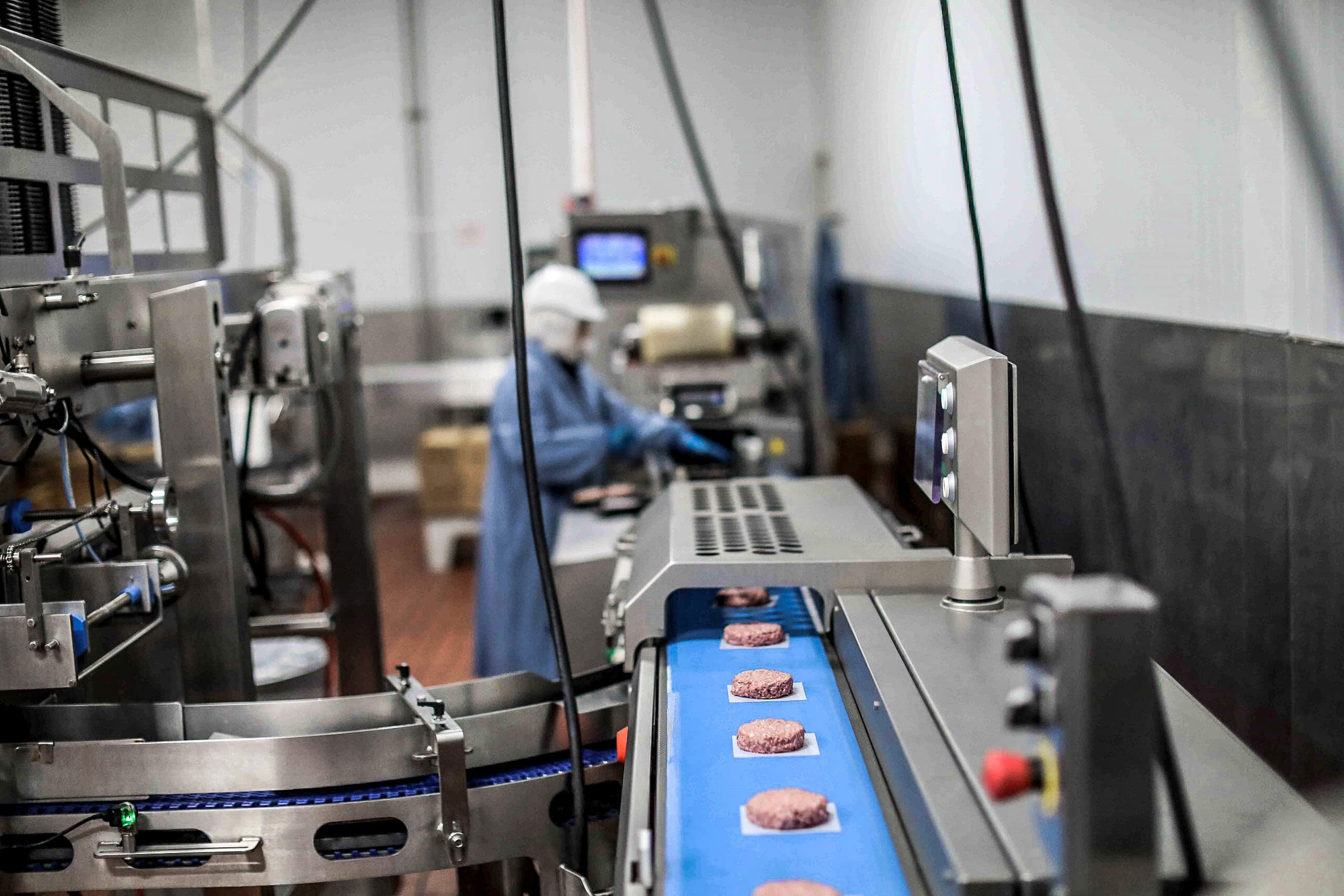 How are plant-based burger patties produced? Inside the beyond meat production