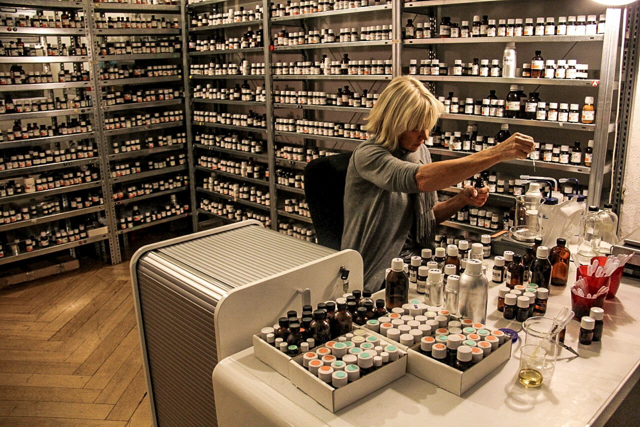 Smell expert Sissel Tolaas also does research projects in the food sector.